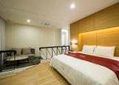Suite 809